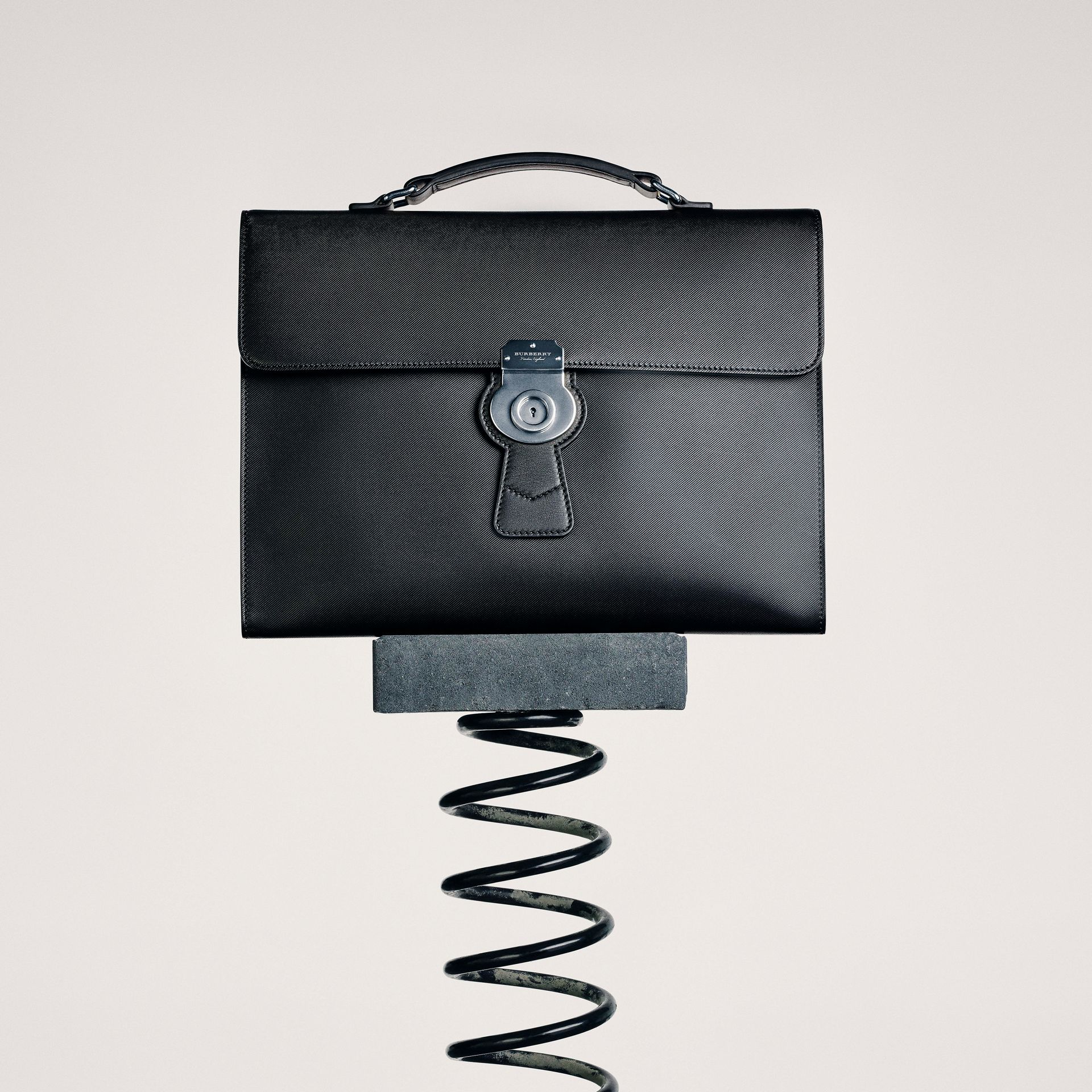 The DK88 Splash Doctor's Bag in Black/splash - Men | Burberry United Kingdom - gallery image 8