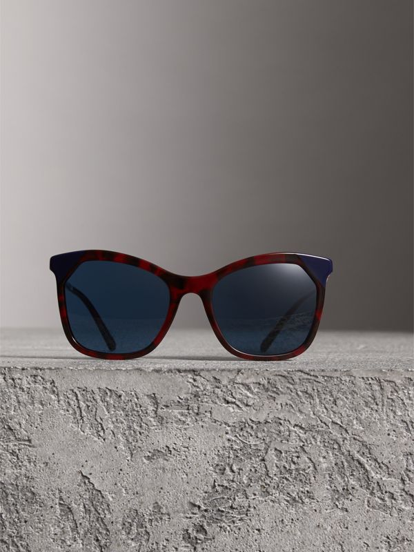 Tortoiseshell Square Frame Sunglasses in Red - Women | Burberry - cell image 2