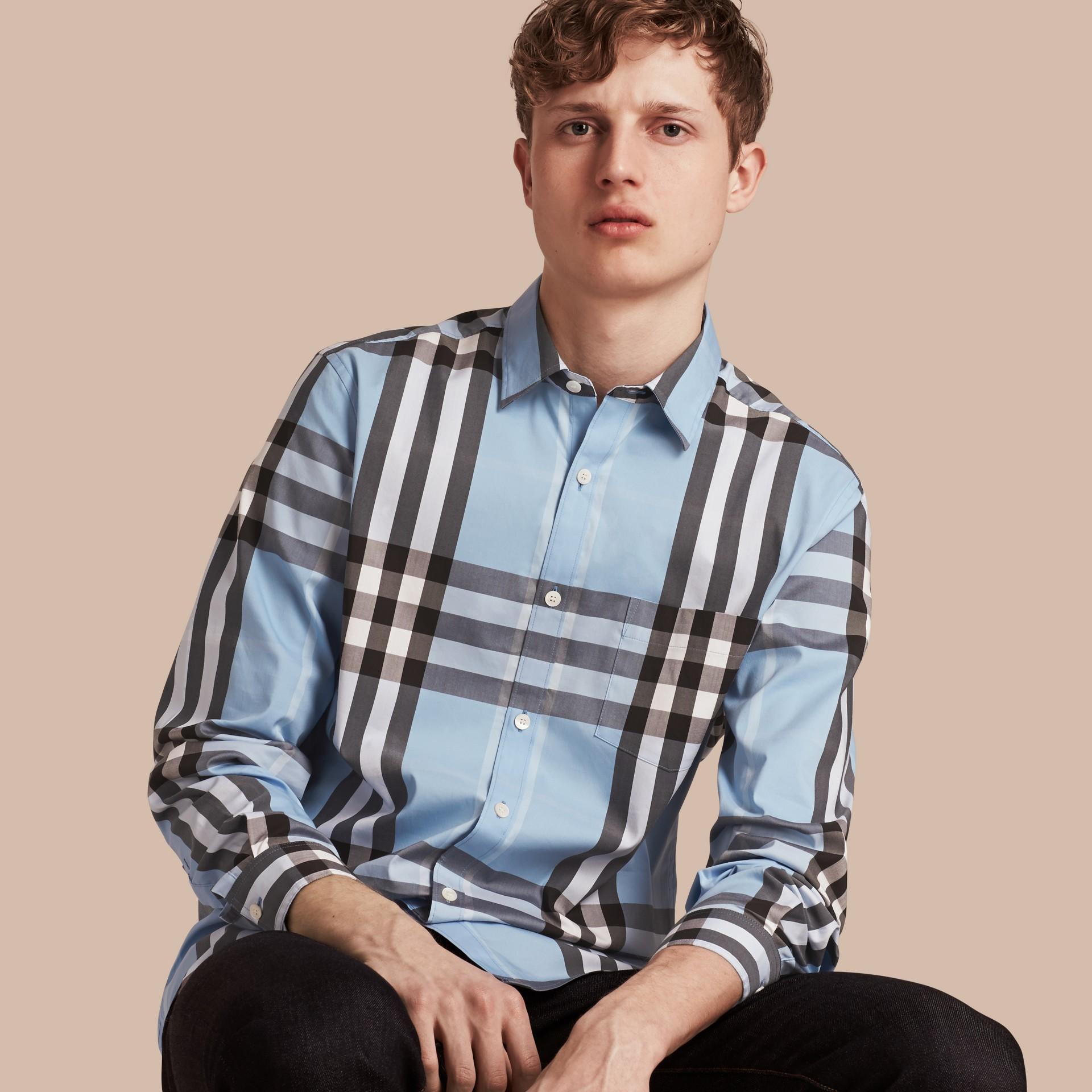Blu chiaro Camicia in cotone stretch con motivo check Blu Chiaro - immagine della galleria 1
