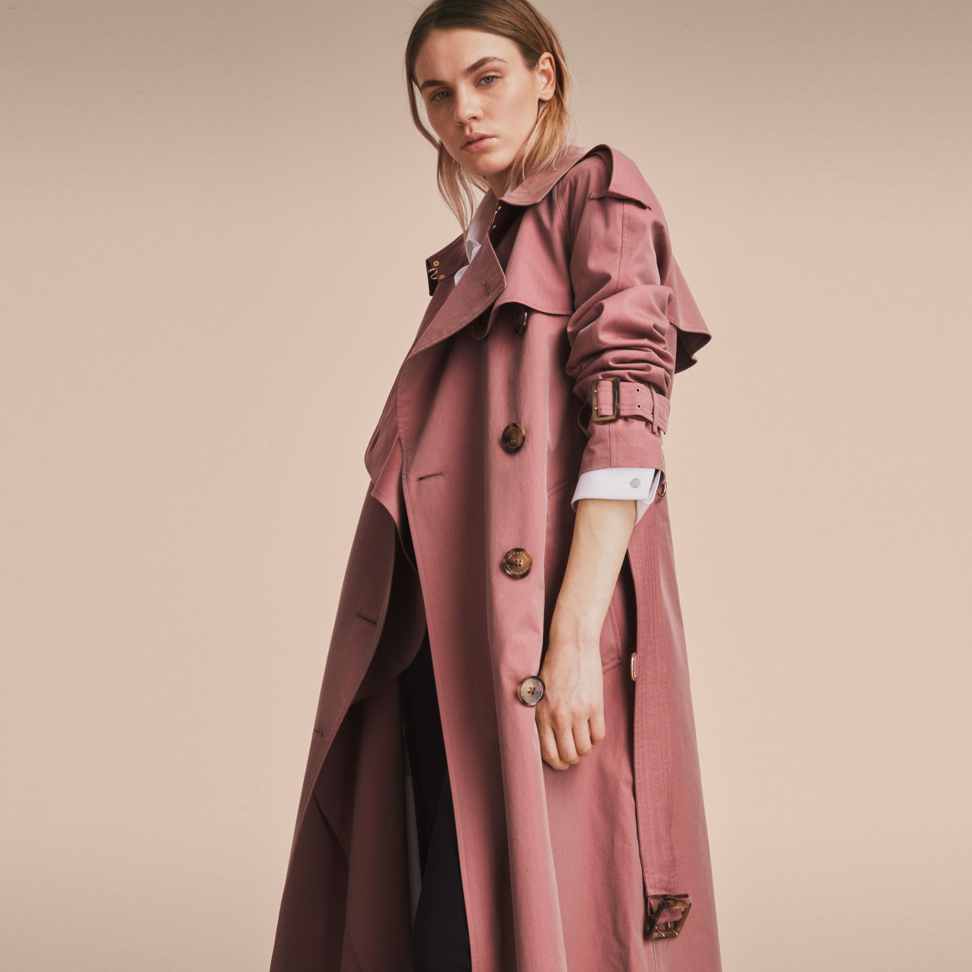 Tropical Gabardine Trench Coat in Antique Rose - Women | Burberry Singapore - gallery image 7