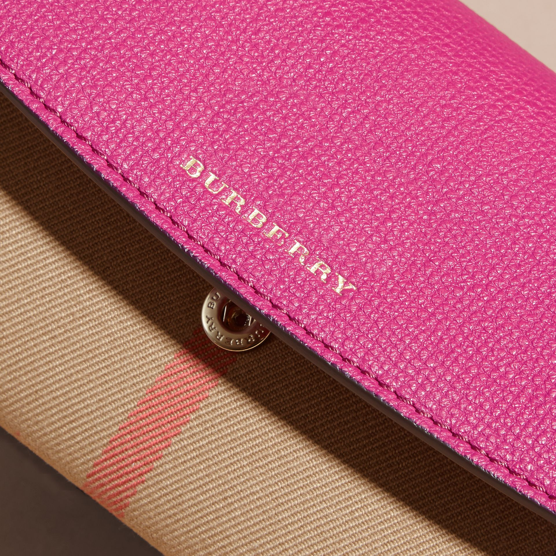 House Check and Leather Continental Wallet Brilliant Fuchsia - gallery image 3