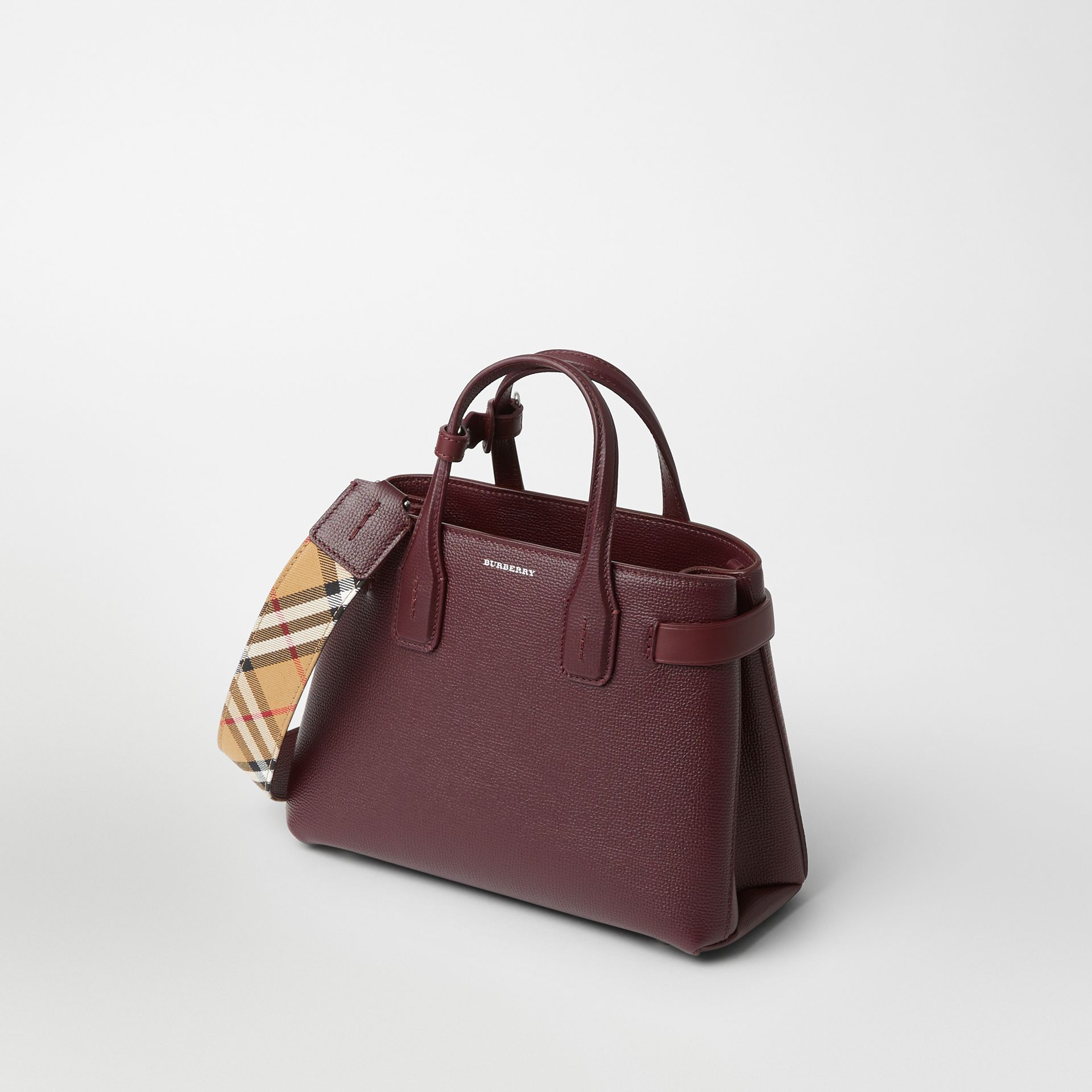The Small Banner in Leather and Vintage Check in Mahogany Red - Women | Burberry United Kingdom - gallery image 6