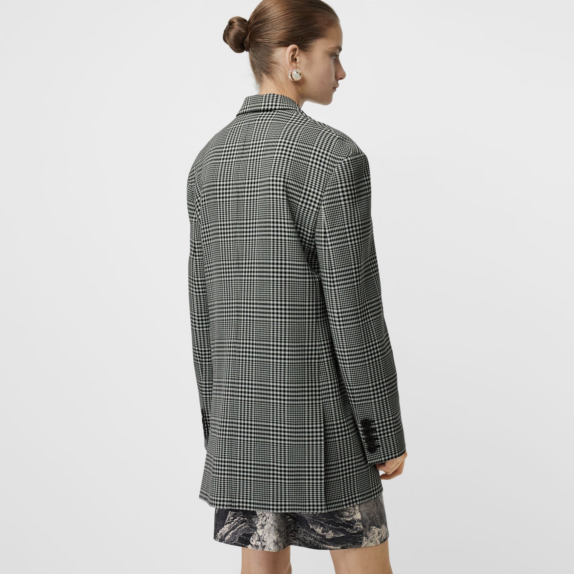 Prince of Wales Check Wool Oversized Jacket in Mist Green - Women | Burberry Singapore - gallery image 2