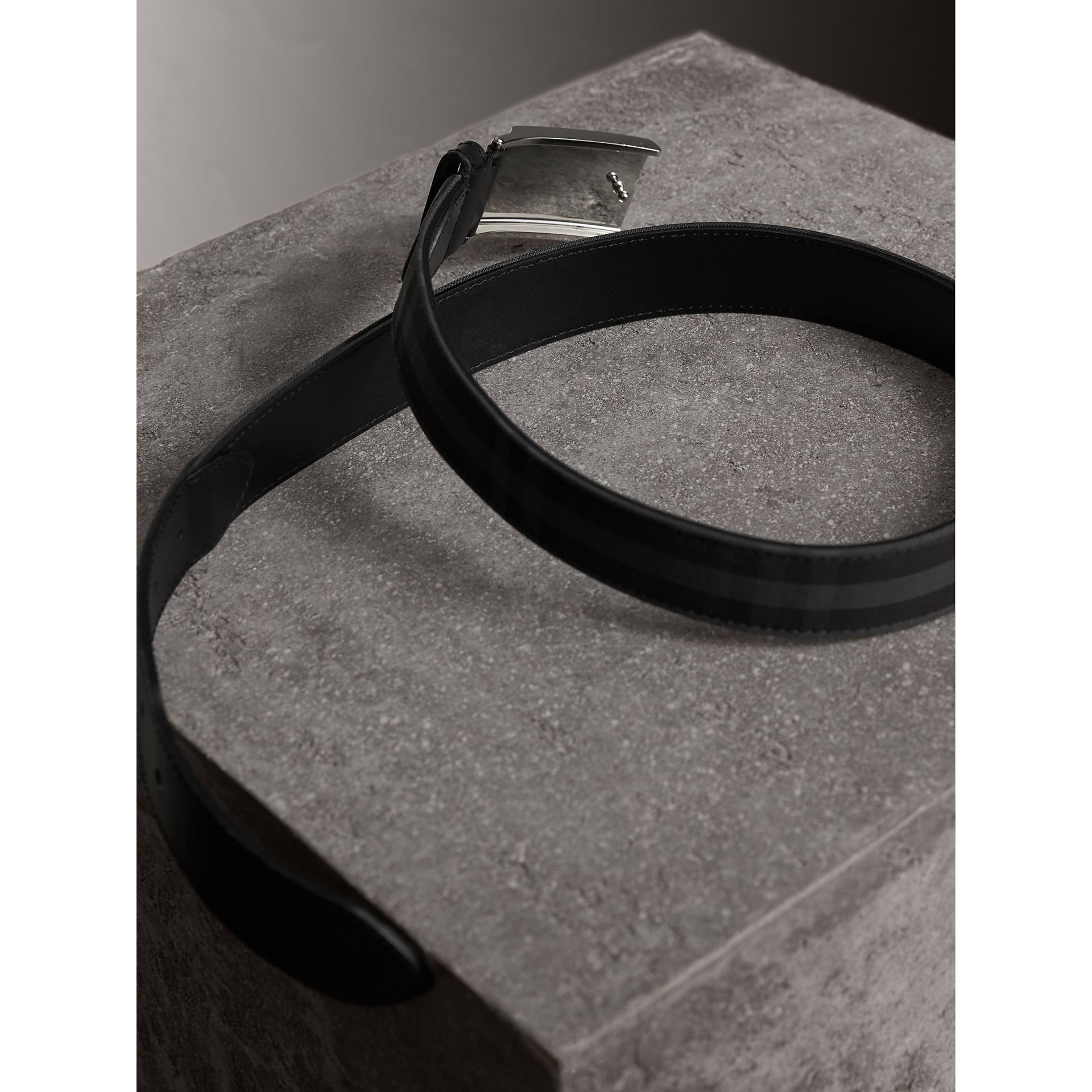Horseferry Check and Leather Belt in Charcoal/black - Men | Burberry - gallery image 4