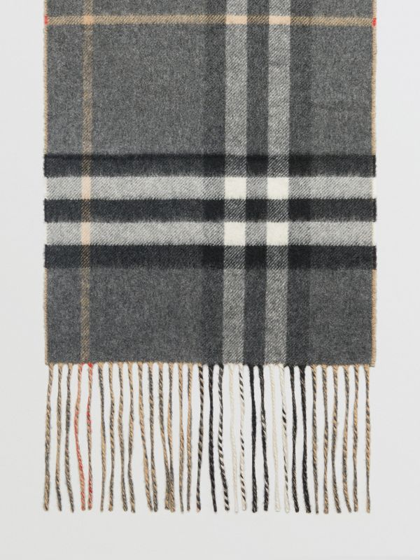 Long Reversible Check Double-faced Cashmere Scarf in Pewter Grey | Burberry - cell image 2