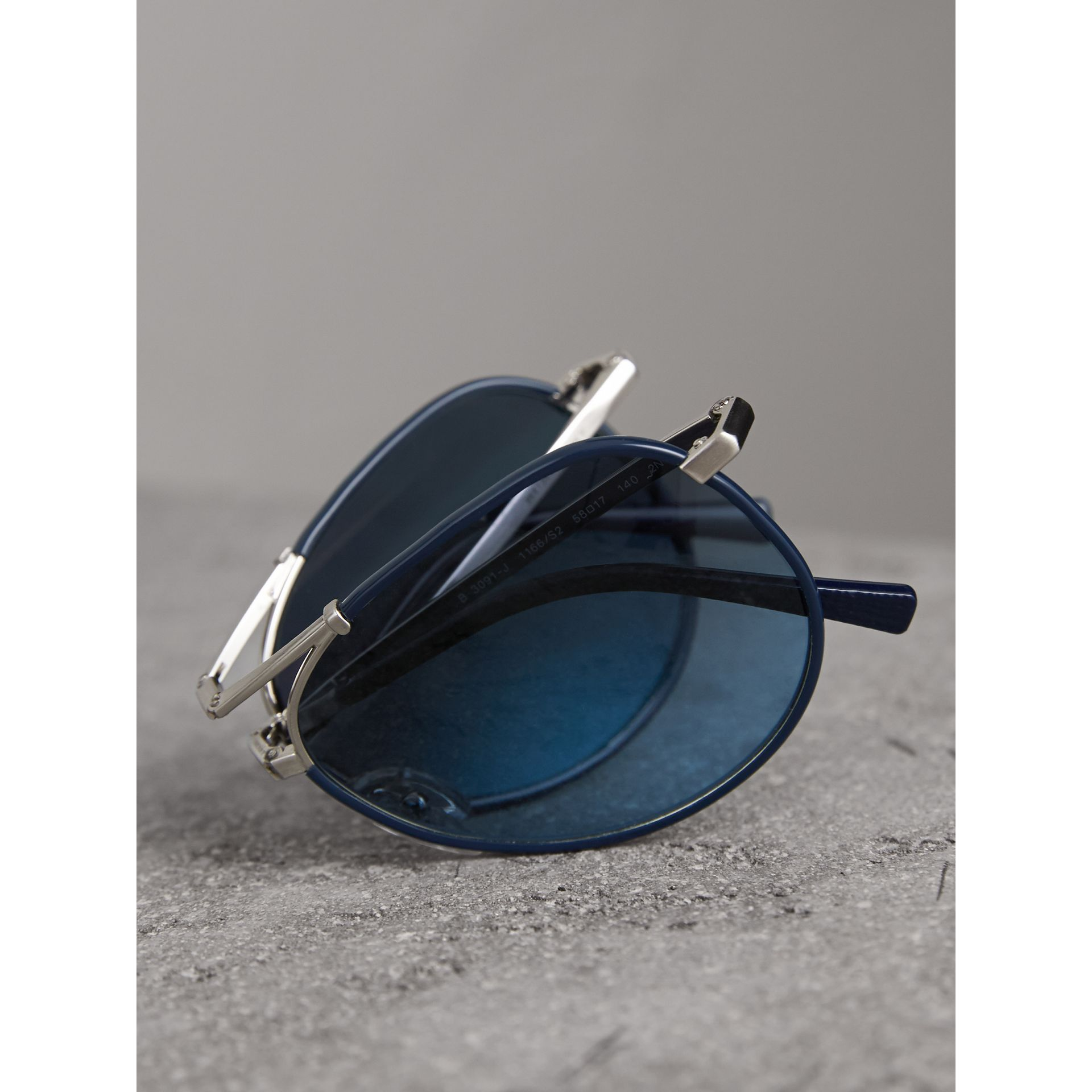 Folding Pilot Sunglasses in Navy - Men | Burberry United Kingdom - gallery image 4
