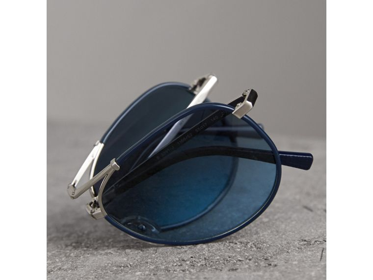 Folding Pilot Sunglasses in Navy - Men | Burberry Canada - cell image 4