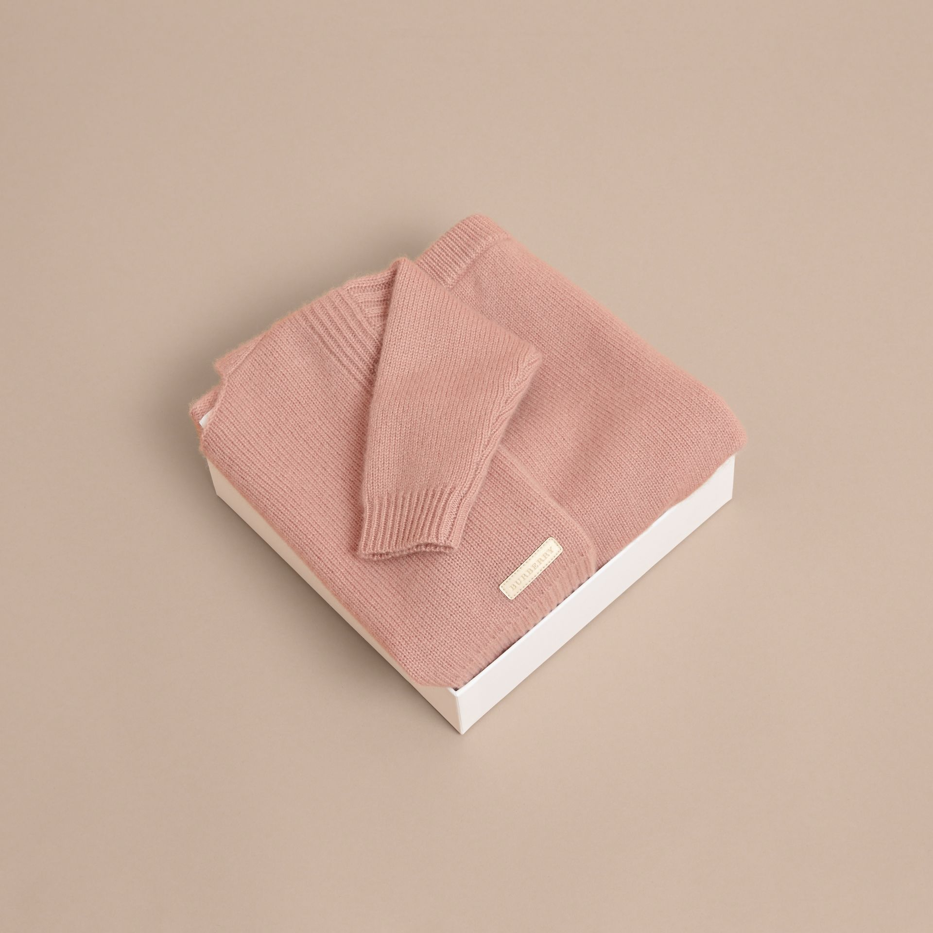 Cashmere Two-piece Baby Gift Set in Dusty Pink | Burberry - gallery image 4