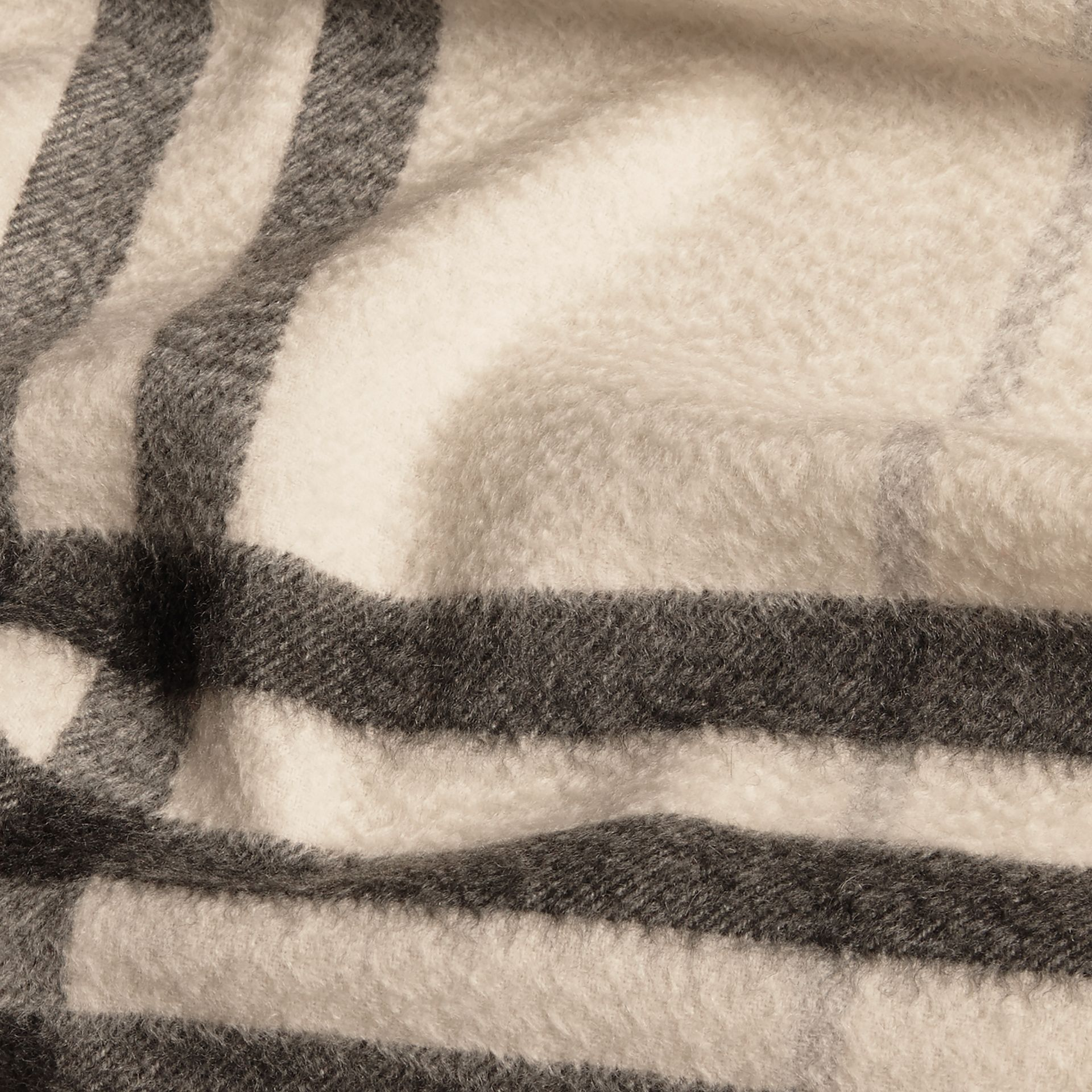 The Classic Cashmere Scarf in Check Natural White - gallery image 5