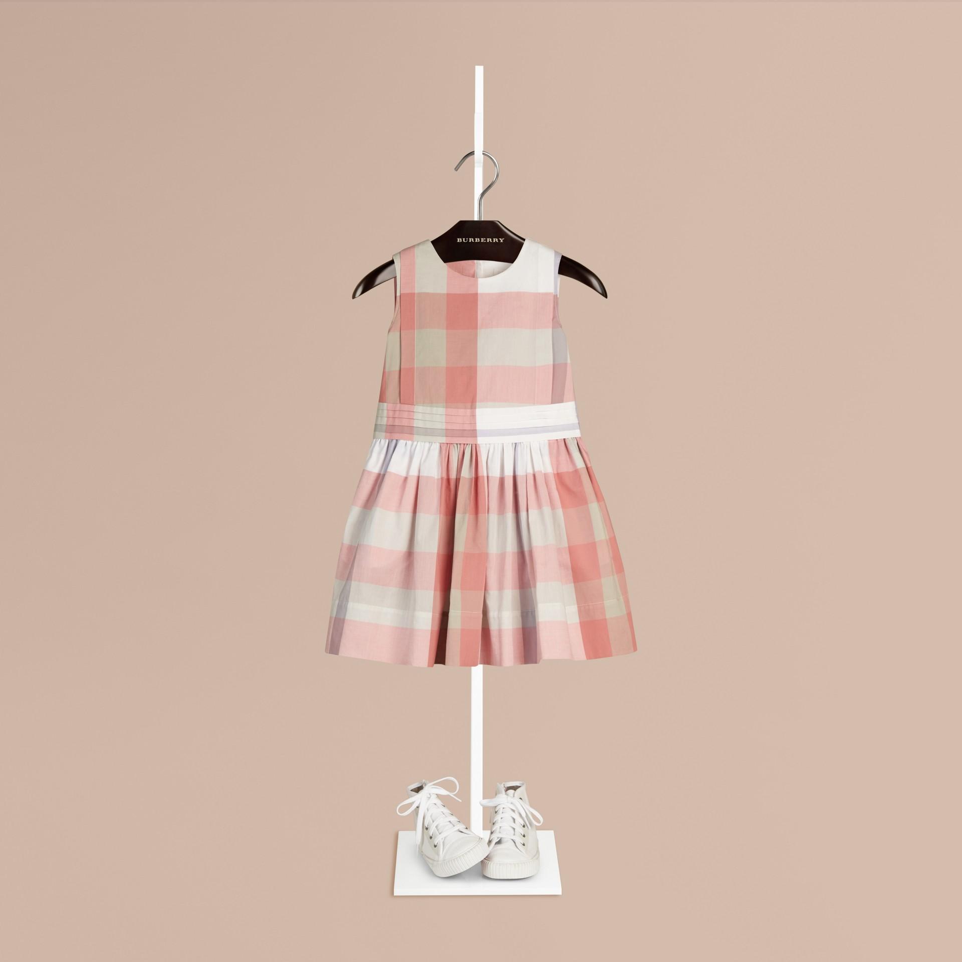 Светлый медно-розовый Платье без рукавов в клетку Светлый Медно-розовый - изображение 1