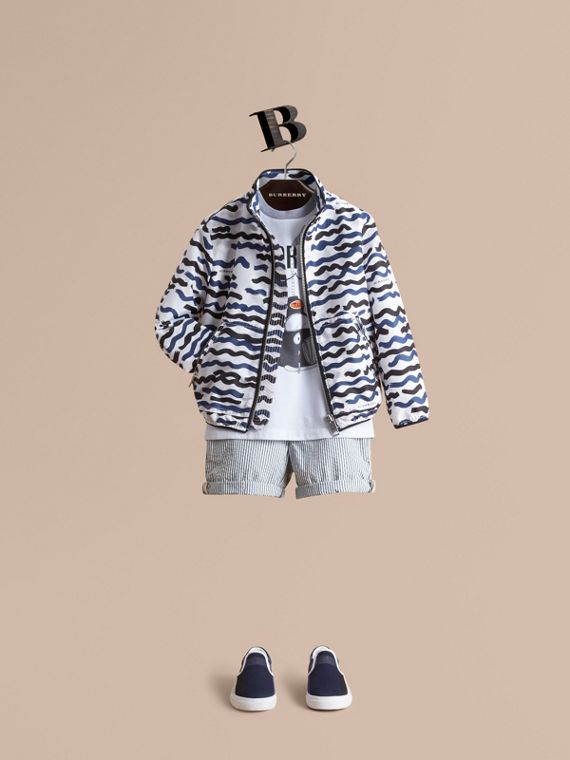 Wave Print Lightweight Jacket
