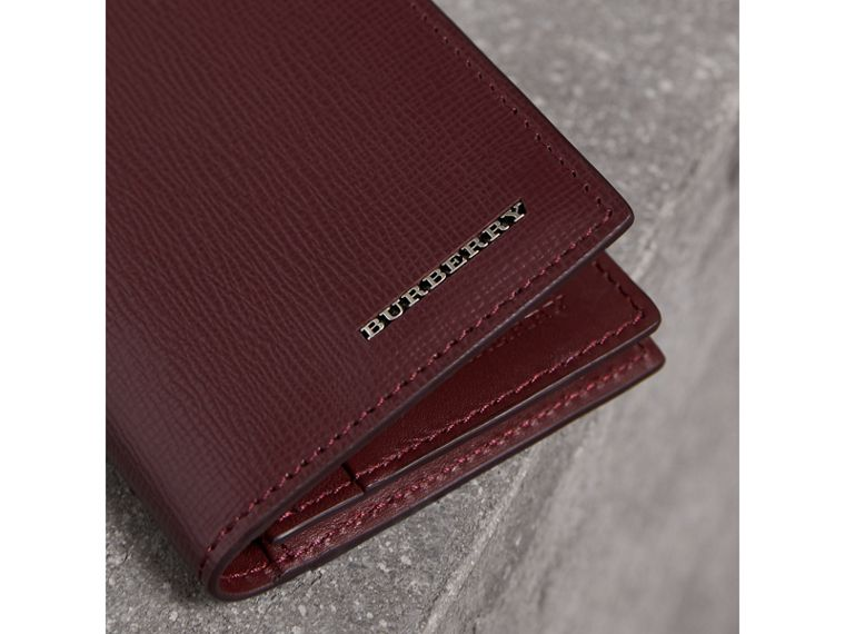 London Leather Folding Card Case in Burgundy Red | Burberry Canada - cell image 1