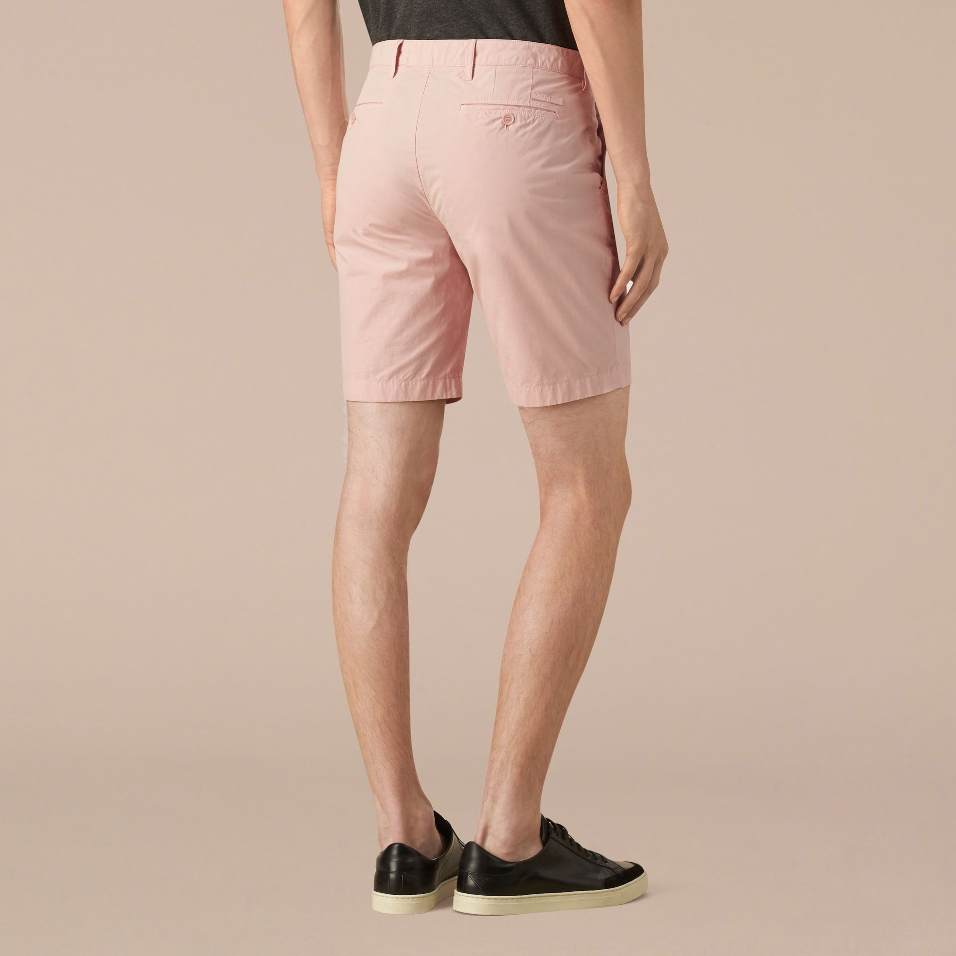Rose craie Short chino en popeline de coton Rose Craie - photo de la galerie 2