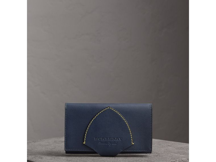 Equestrian Shield Two-tone Leather Continental Wallet in Mid Indigo - Women | Burberry - cell image 4