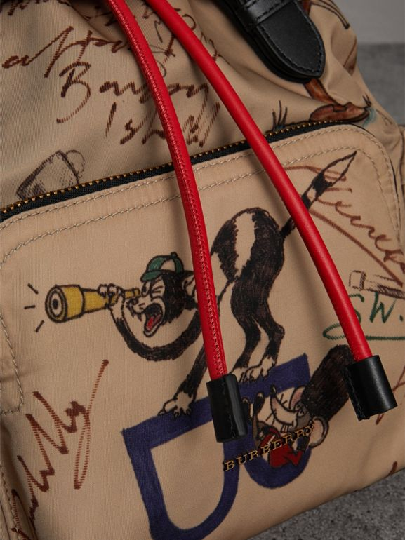 Zaino The Rucksack medio in nylon con disegni stampati (Miele) - Donna | Burberry - cell image 1