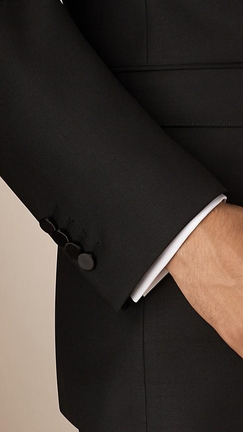 Noir Smoking de coupe moderne en laine et mohair - Image 4