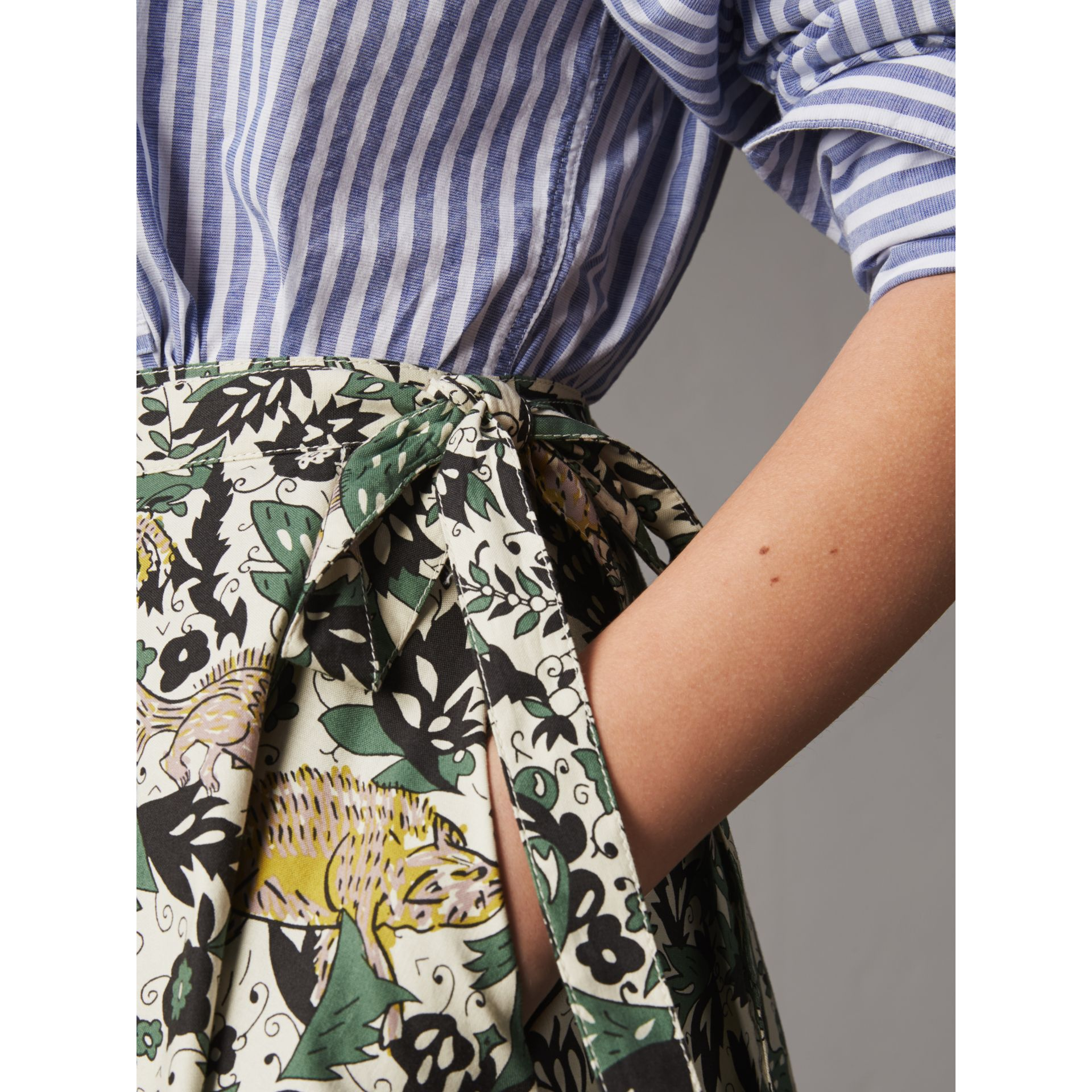 Beasts Print Cotton Wrap Skirt in Chalk Green - Women | Burberry - gallery image 2
