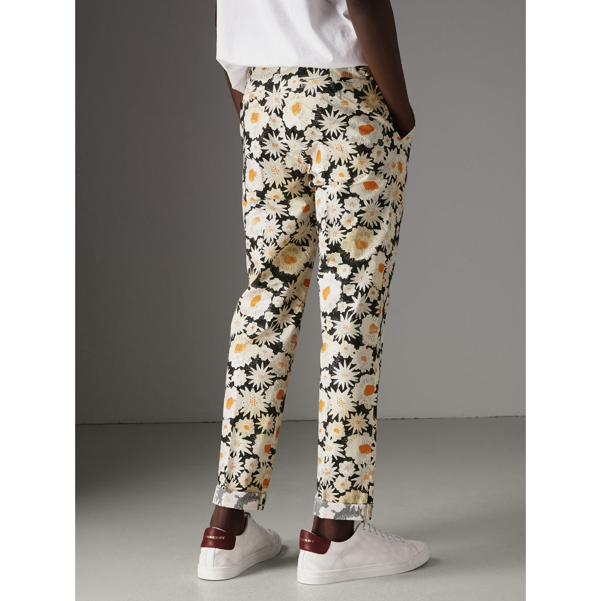 Daisy Print Cotton Tailored Trousers in Black - Men | Burberry - gallery image 2