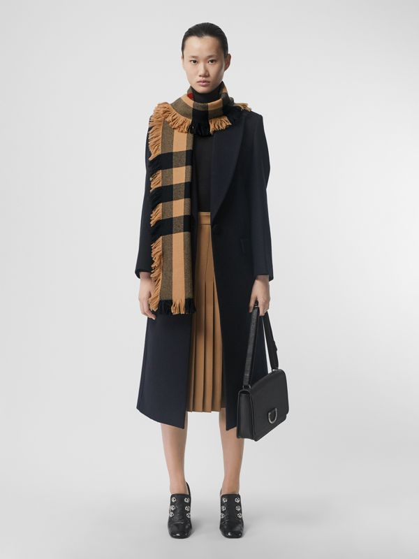 Fringed Check Wool Scarf in Camel | Burberry - cell image 2