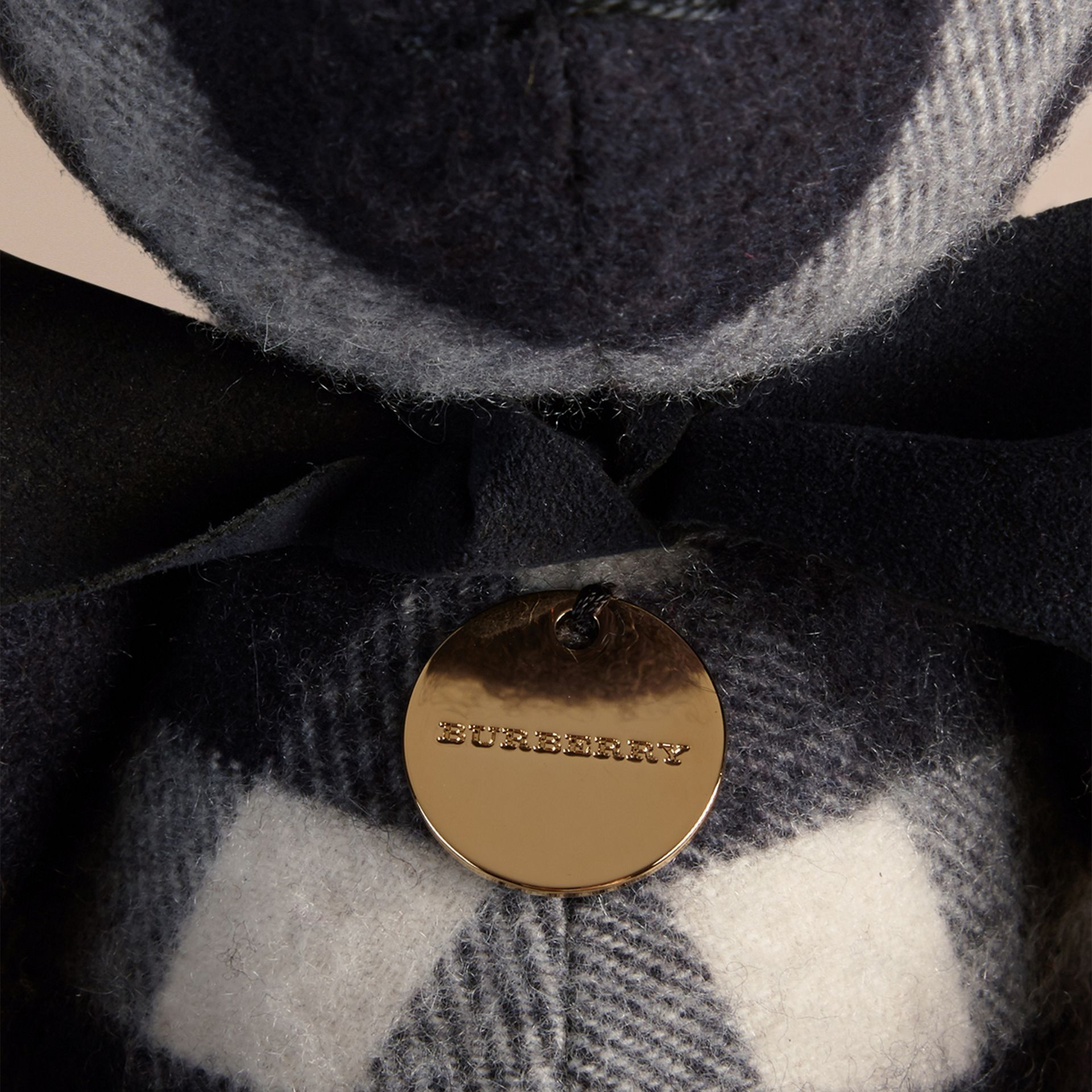 Teddy-bear en cachemire à motif check (Marine) | Burberry - photo de la galerie 2