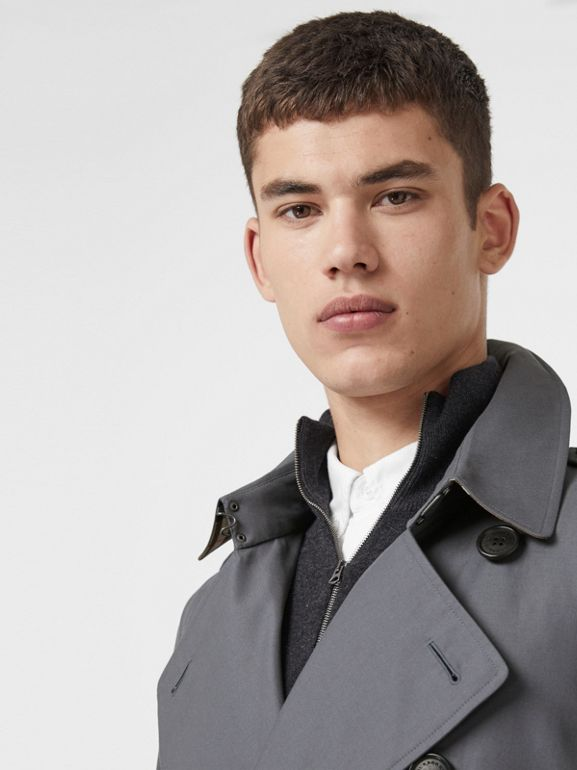 The Long Chelsea Heritage Trench Coat in Mid Grey - Men | Burberry Canada - cell image 1