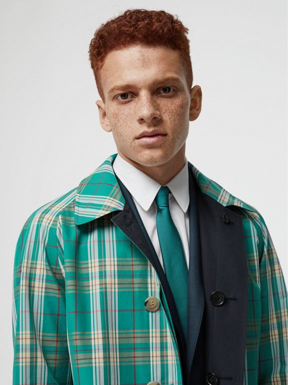 Reversible Tropical Gabardine Car Coat in Midnight - Men | Burberry Australia - cell image 1