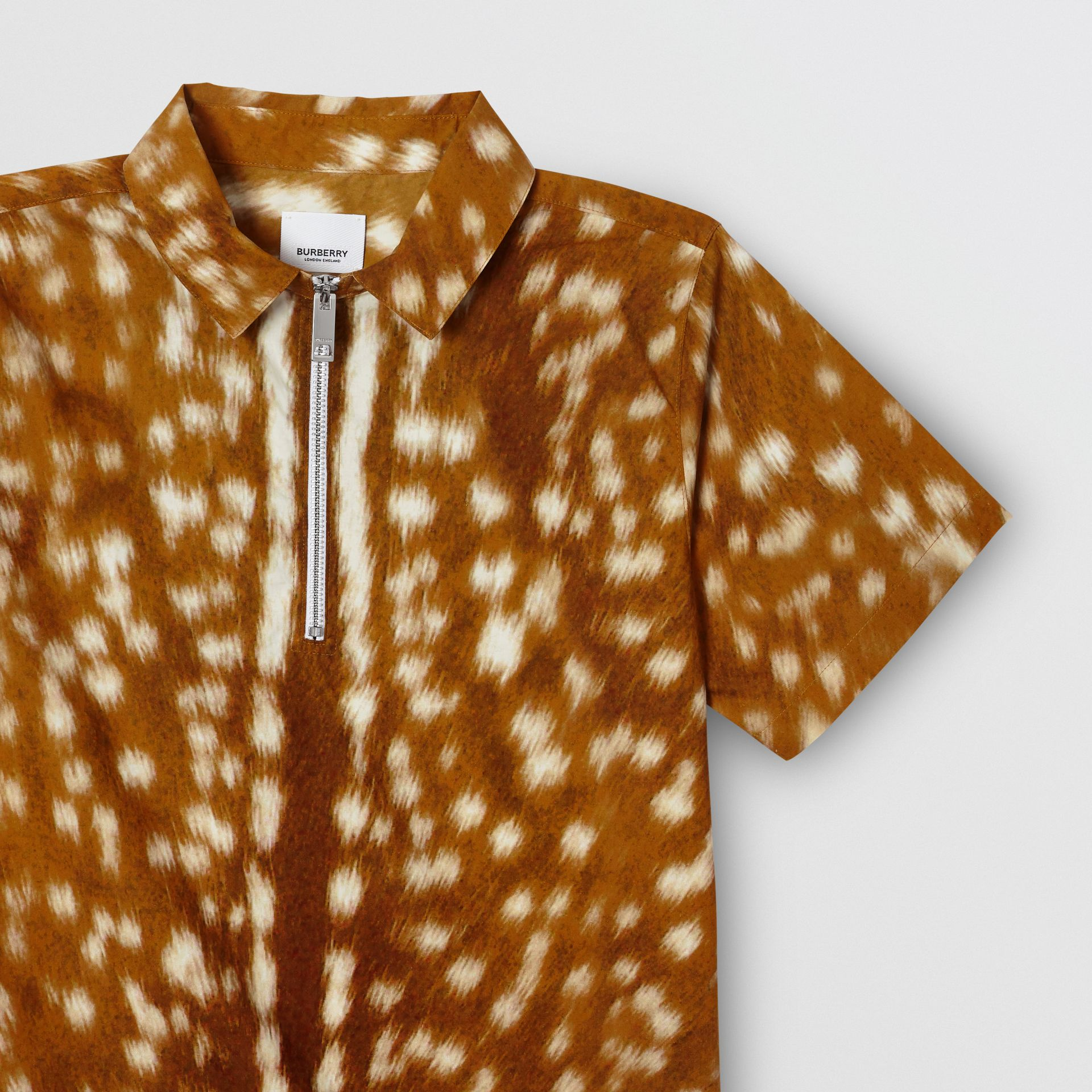 Short-sleeve Deer Print Cotton Shirt in Honey | Burberry - gallery image 4
