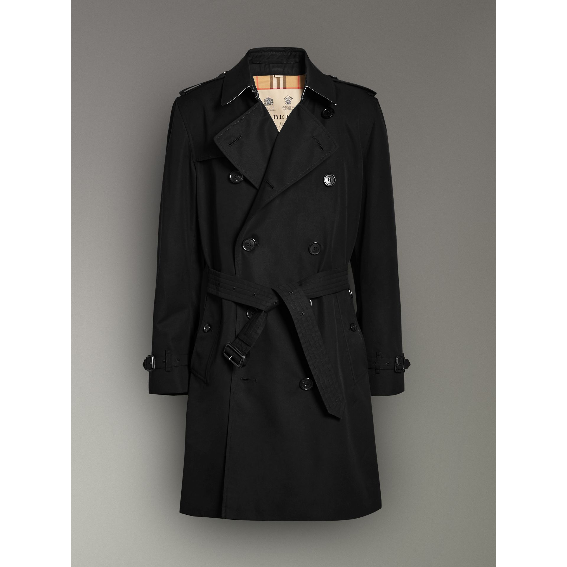 The Kensington Heritage Trench Coat in Black - Men | Burberry - gallery image 3