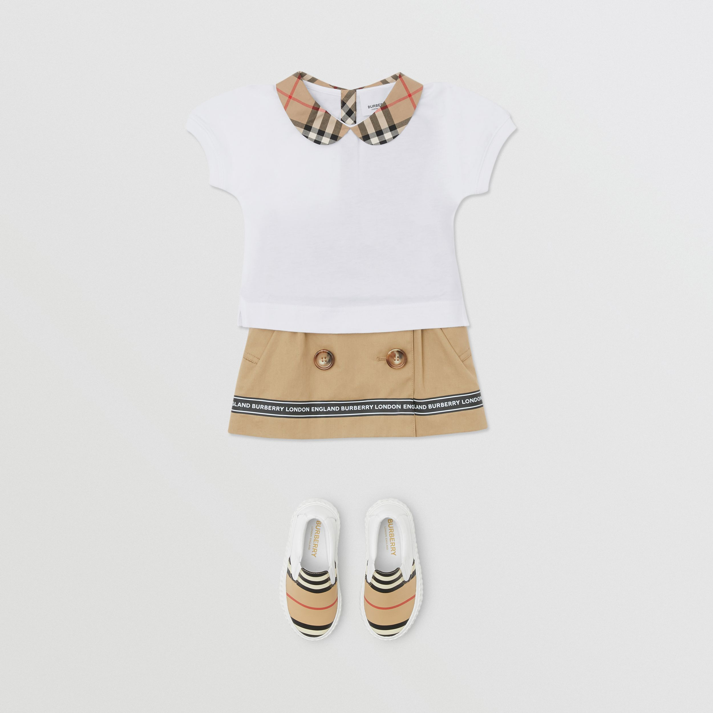 Vintage Check Trim Cotton T-shirt in White - Children | Burberry - 3