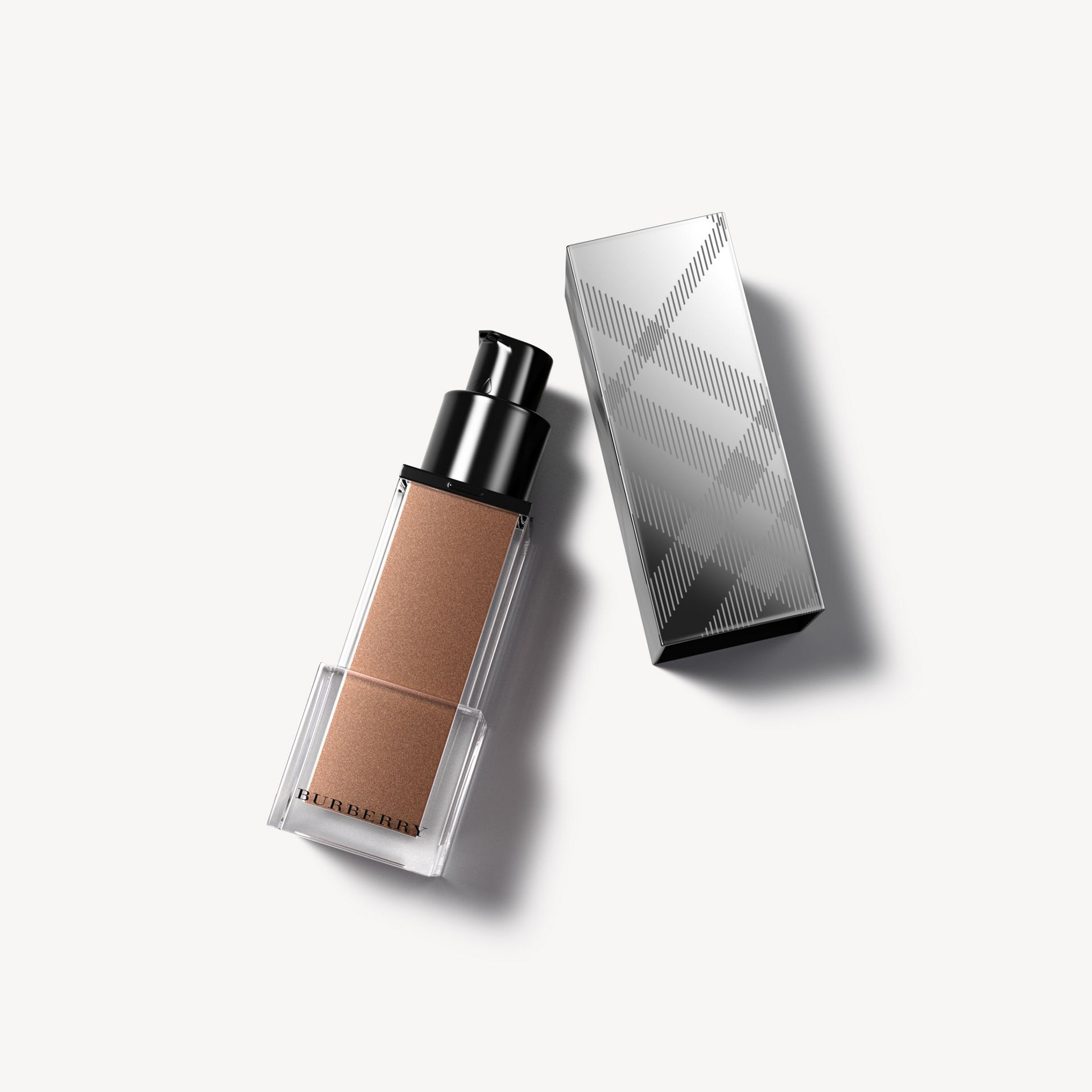 Fresh Glow Luminous Fluid Base - Golden Radiance No.02 - Donna | Burberry - immagine della galleria 0