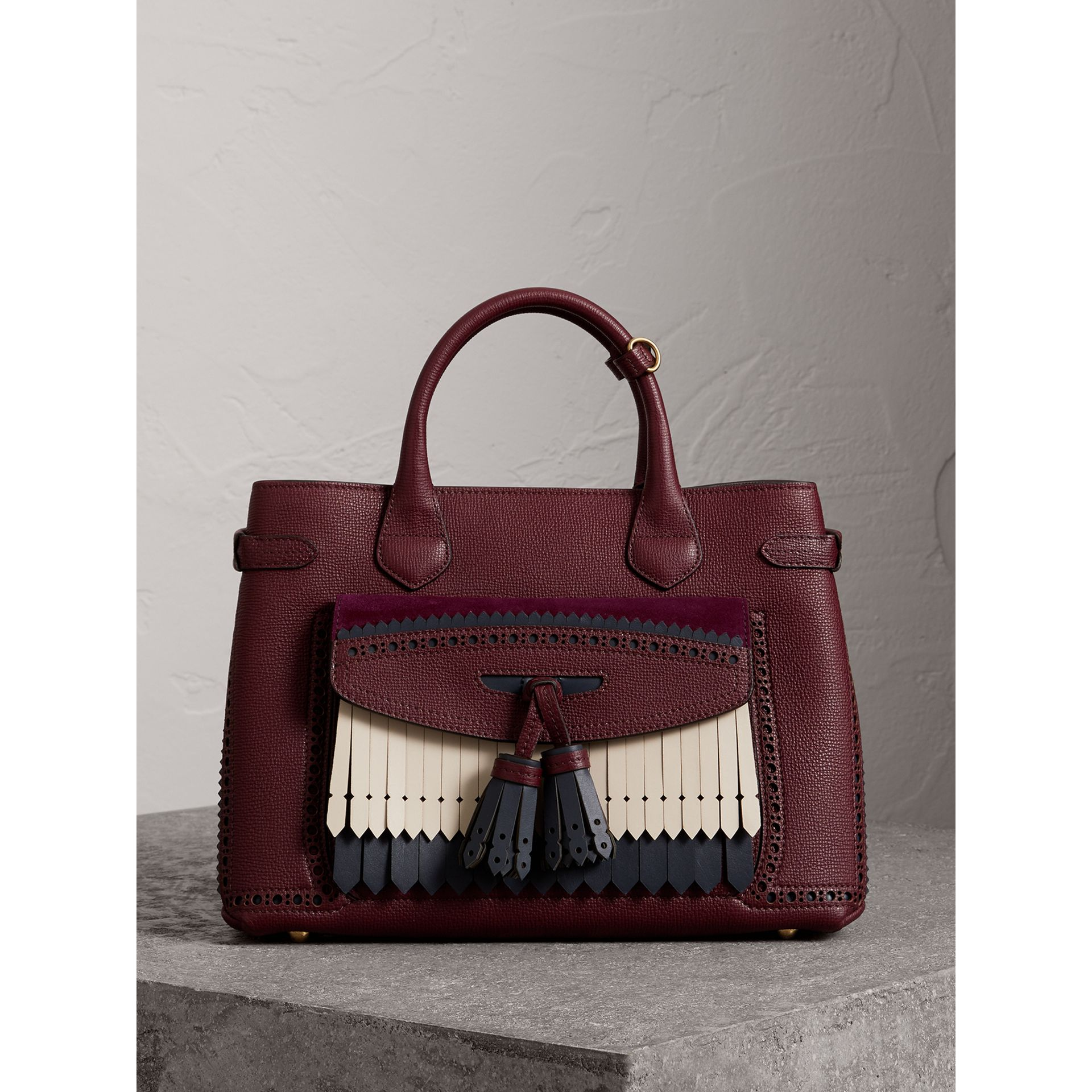 The Medium Banner in Leather with Fringed Pocket in Mahogany Red - Women | Burberry - gallery image 7