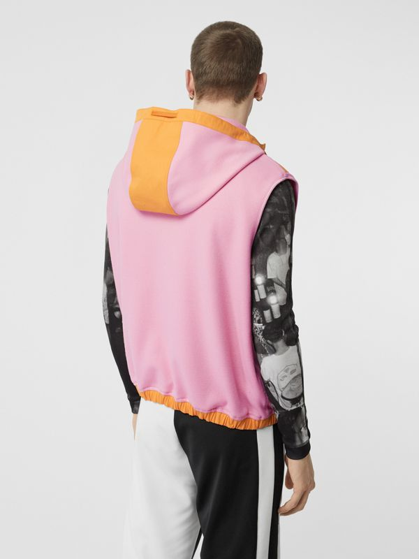Sleeveless Logo Graphic Wool Hoodie in Candy Pink - Men | Burberry United Kingdom - cell image 2