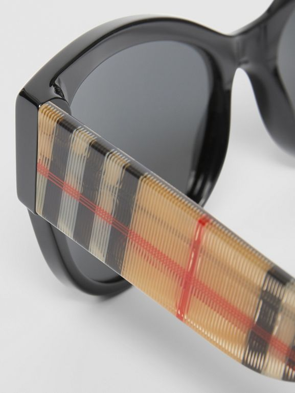 Vintage Check Detail Butterfly Frame Sunglasses in Black/beige | Burberry - cell image 1
