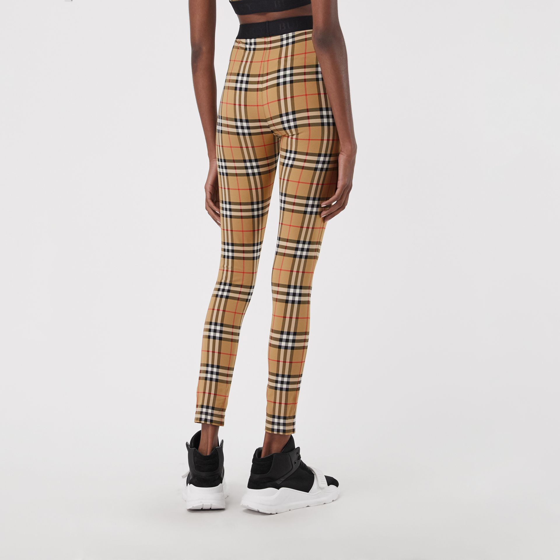 Legging à motif Vintage check (Jaune Antique) - Femme | Burberry Canada - photo de la galerie 2