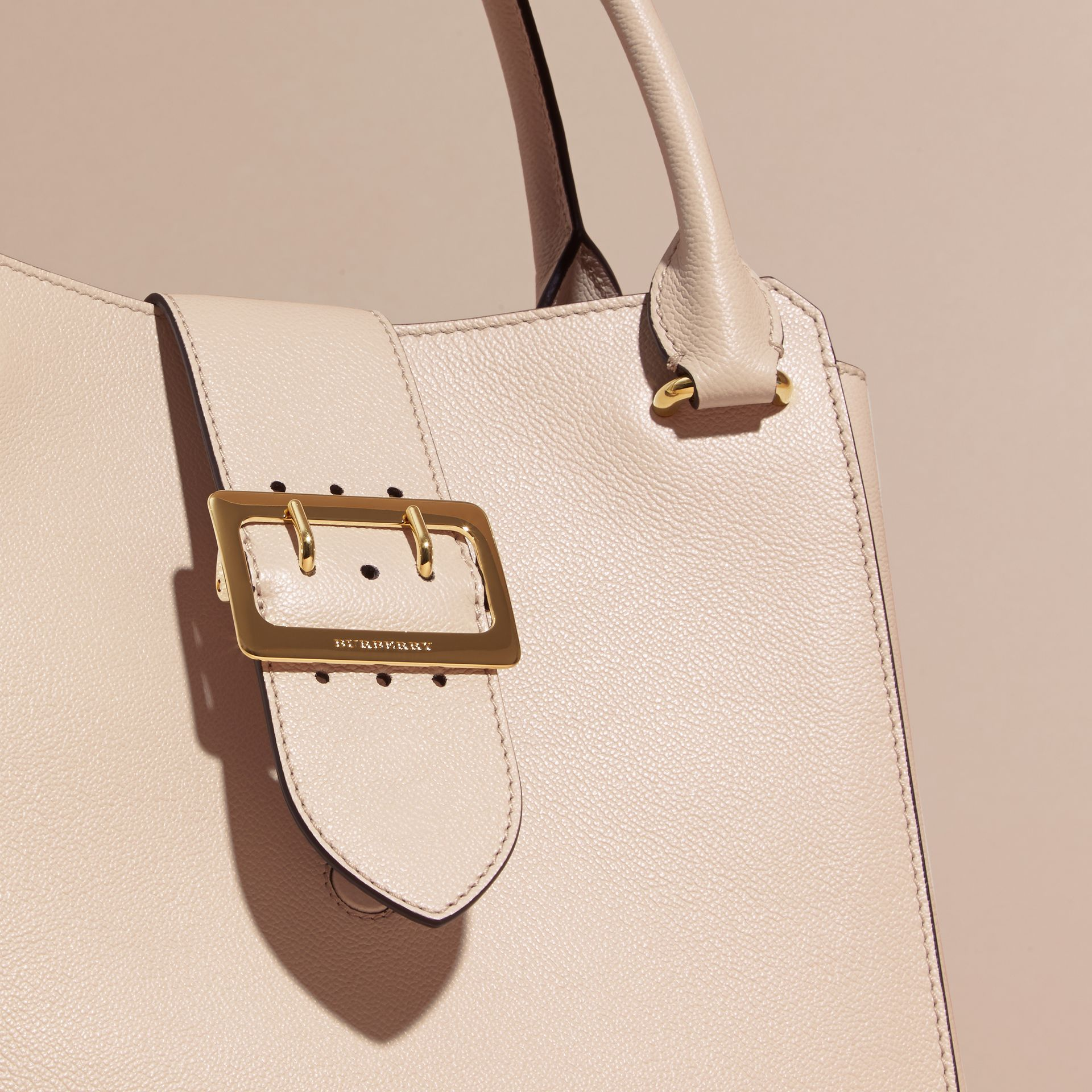 Limestone The Medium Buckle Tote in Grainy Leather Limestone - gallery image 7