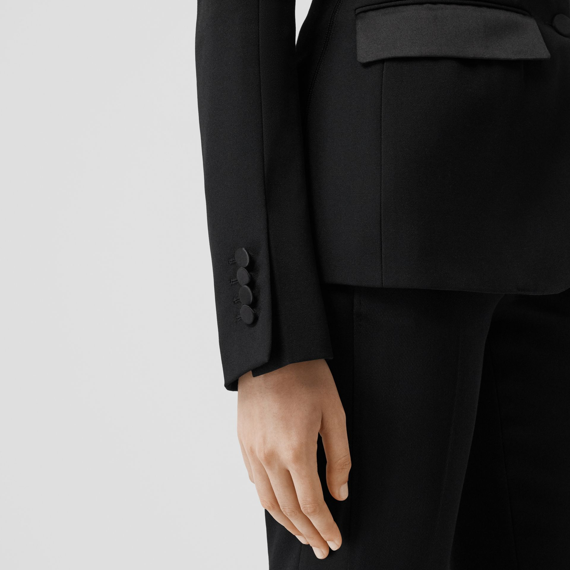 Giacca sartoriale in lana con finiture in seta (Nero) - Donna | Burberry - immagine della galleria 4