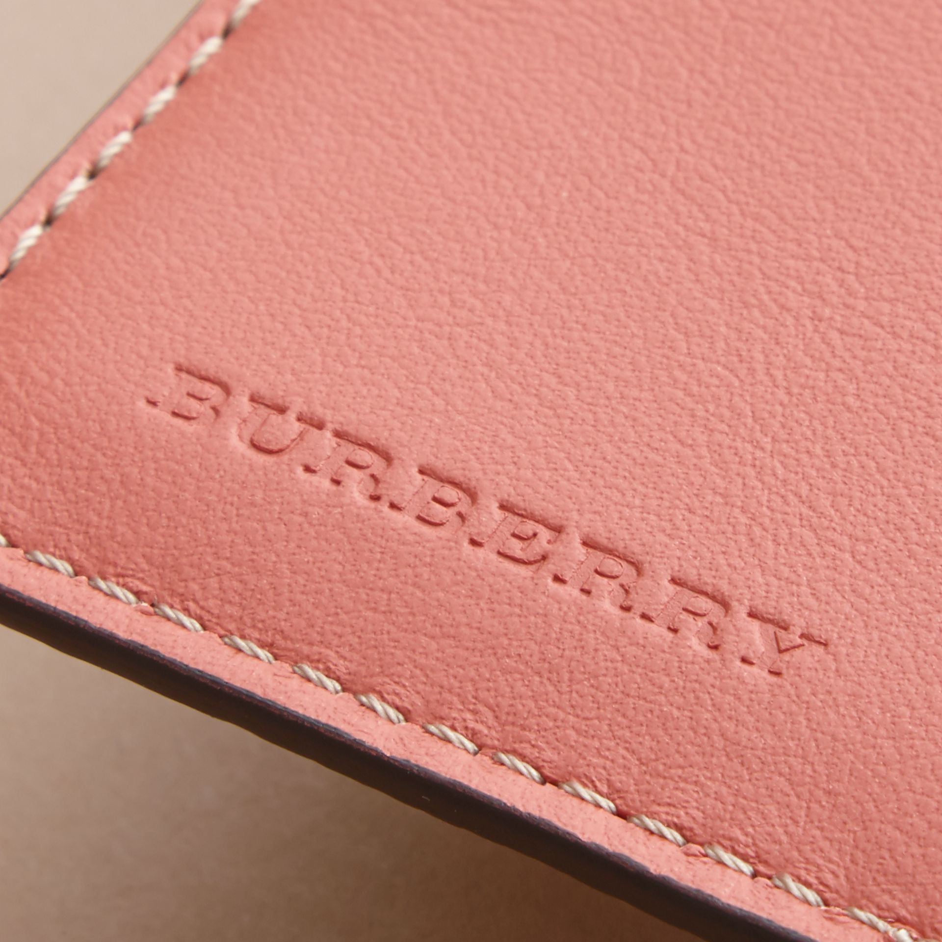 Peony Rose Print Leather Passport Cover in Natural / Emerald Green | Burberry - gallery image 2