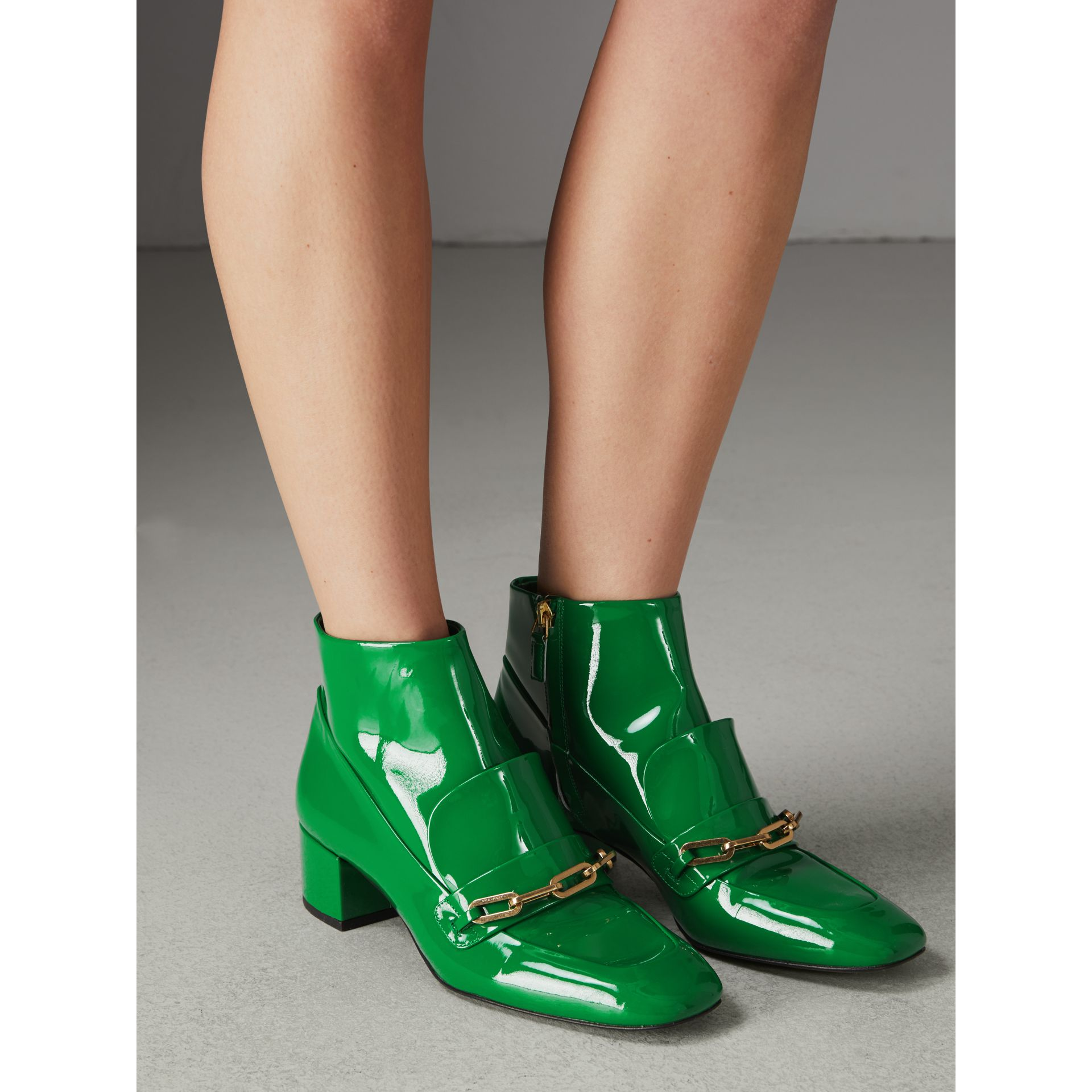 Link Detail Patent Leather Ankle Boots in Bright Pigment Green - Women | Burberry United Kingdom - gallery image 2