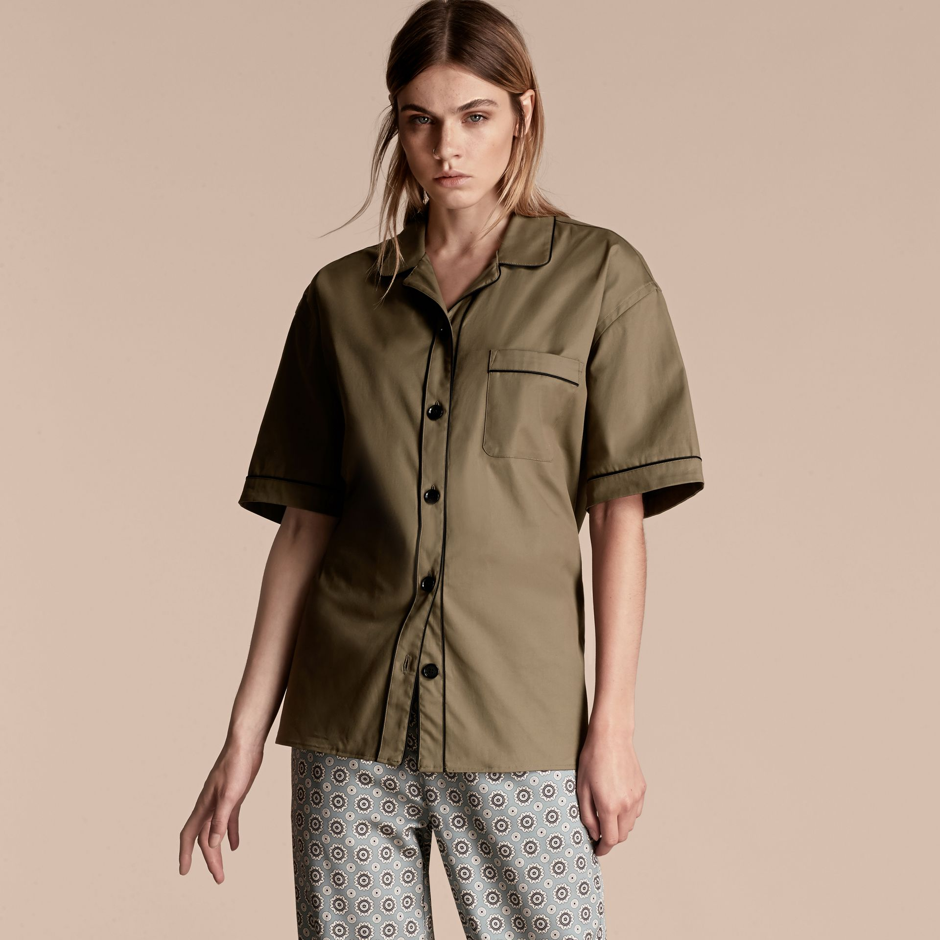 Sage Short-sleeved Stretch Cotton Pyjama-style Shirt - gallery image 1