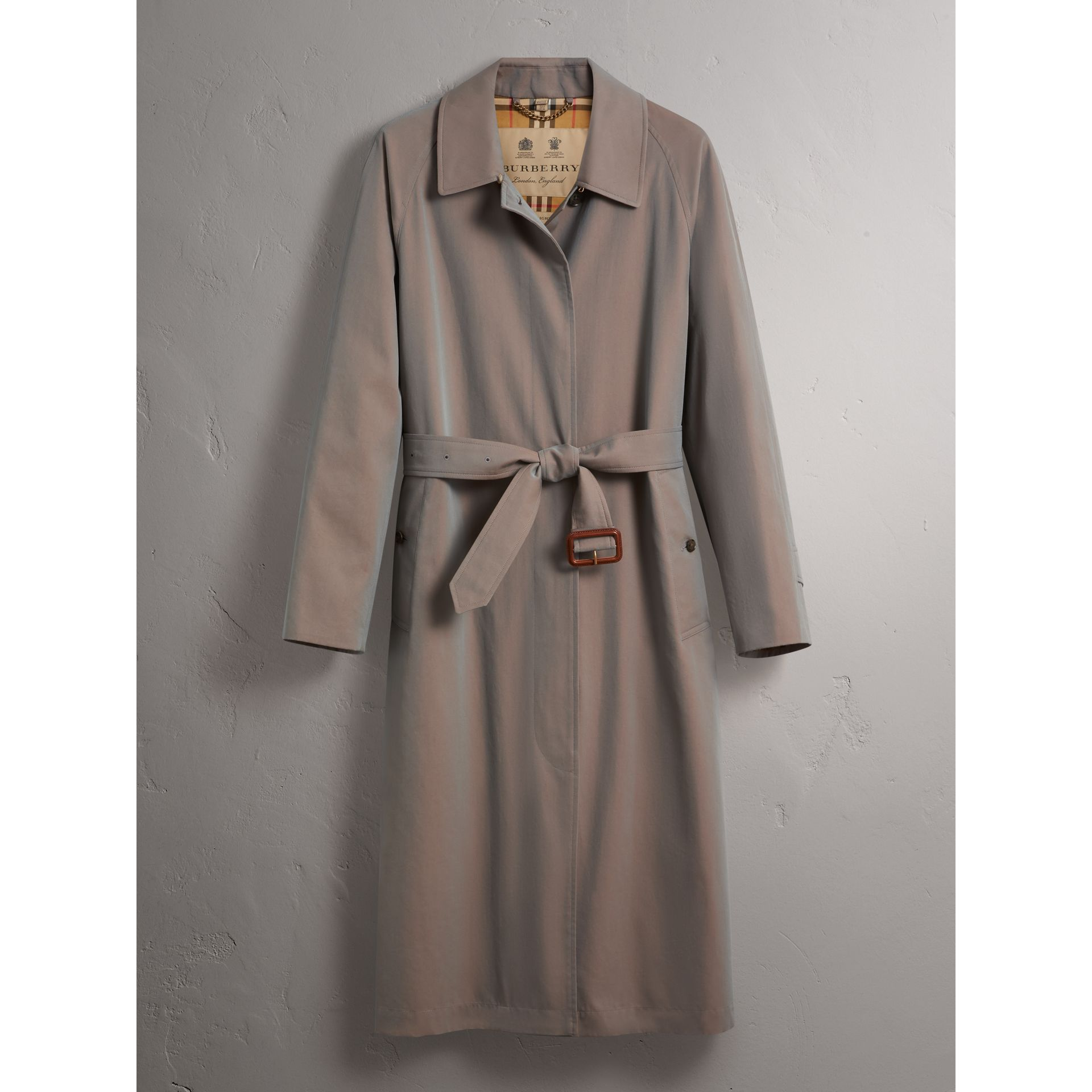 The Brighton – Extra-long Car Coat in Lilac Grey - Women | Burberry Singapore - gallery image 4