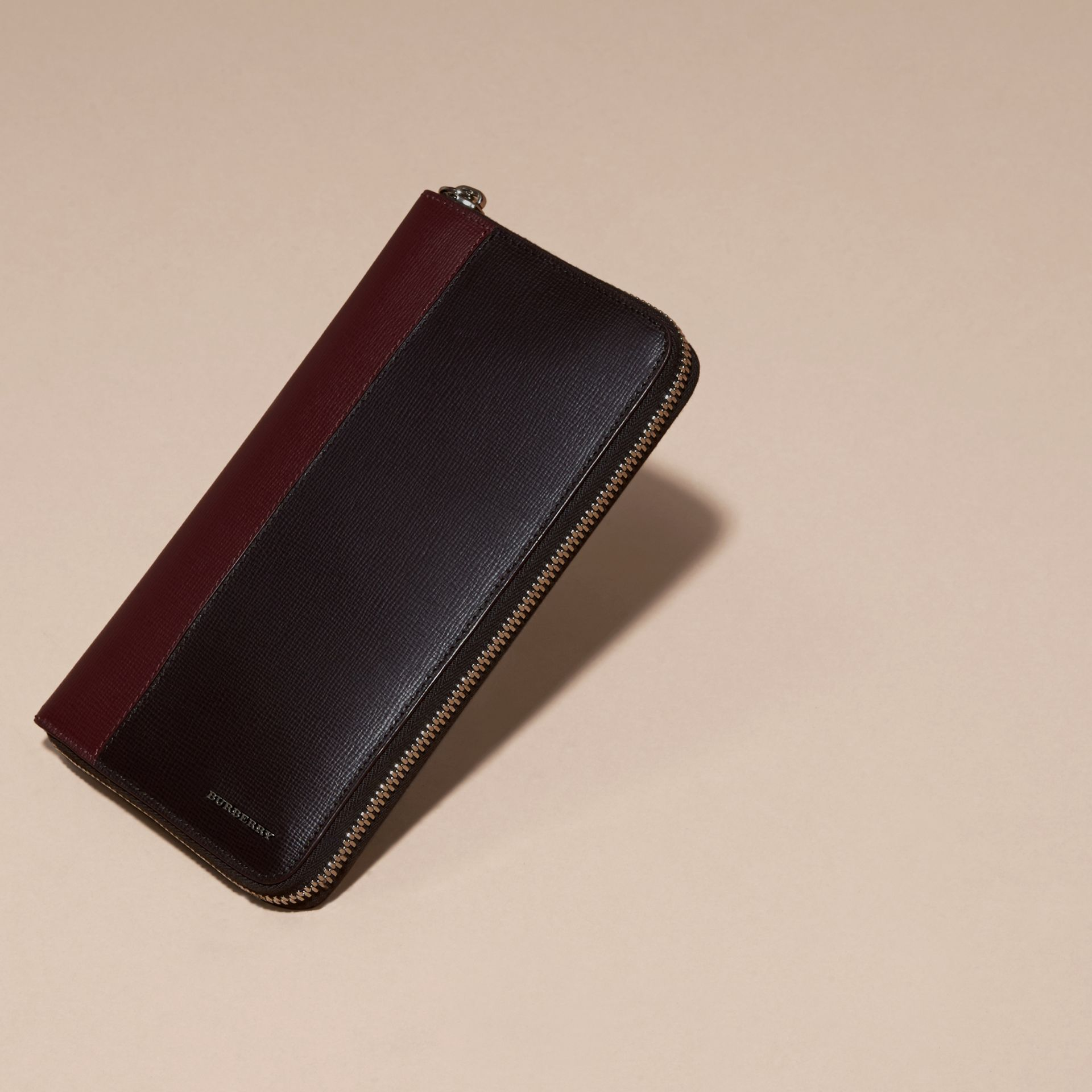 Wine/burgundy red Colour Block London Leather Ziparound Wallet Wine/burgundy Red - gallery image 3