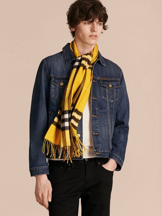 The Classic Cashmere Scarf in Check  in Gorse Yellow - cell image 3
