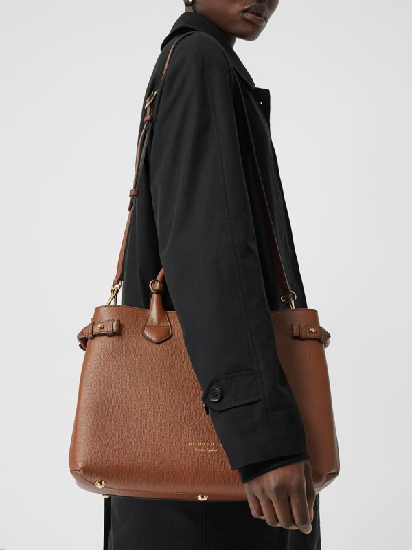 The Medium Banner in Leather and House Check in Tan - Women | Burberry - cell image 3