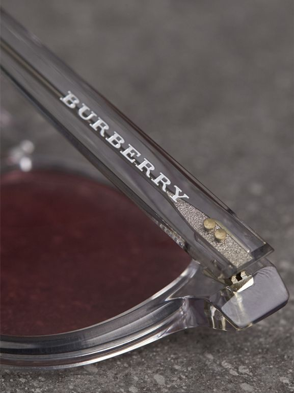 The Keyhole Round Frame Sunglasses in Crystal/pink | Burberry Singapore - cell image 1