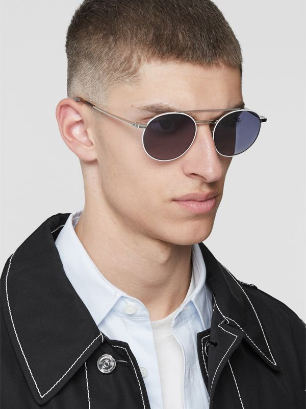 Top Bar Detail Round Frame Sunglasses in Silver - Men | Burberry - cell image 2