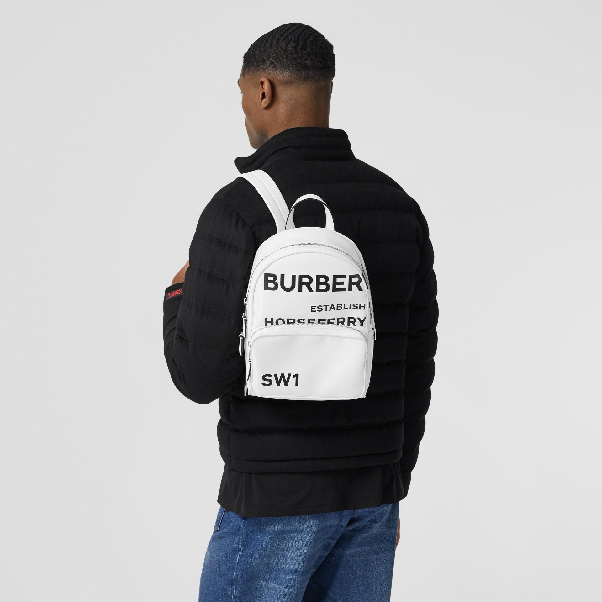 Sac à dos en toile enduite Horseferry (Blanc) | Burberry Canada - photo de la galerie 3