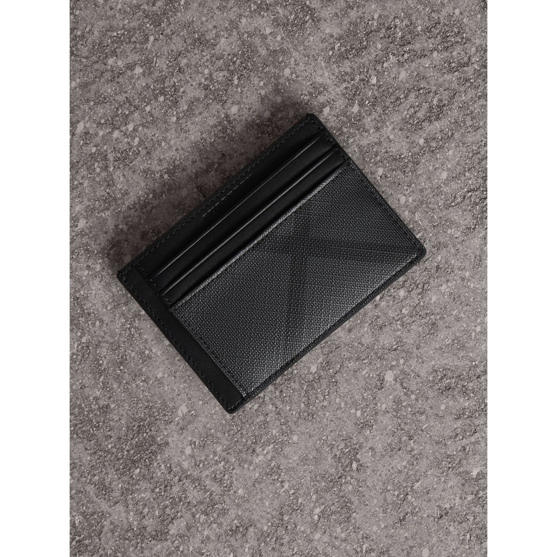 London Check Money Clip Card Case in Charcoal/black - Men | Burberry - gallery image 0