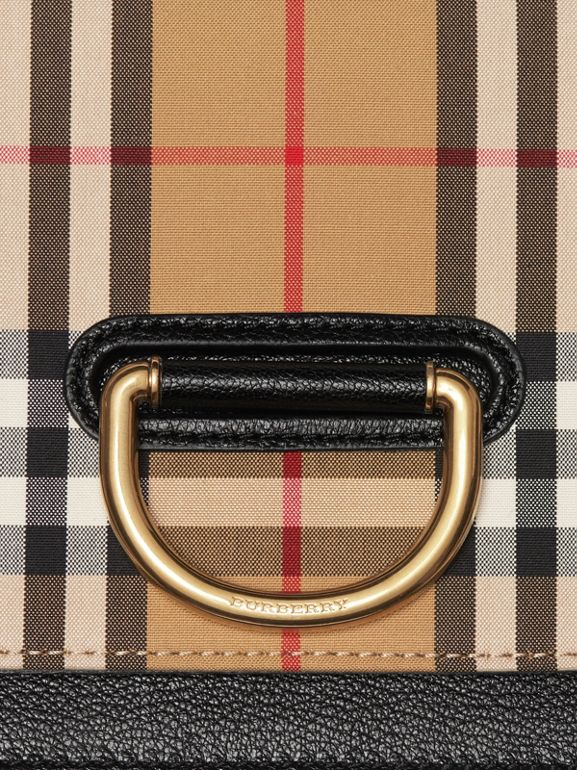 Borsa The D-ring piccola in pelle con motivo Vintage check (Nero/giallo Antico) - Donna | Burberry - cell image 1