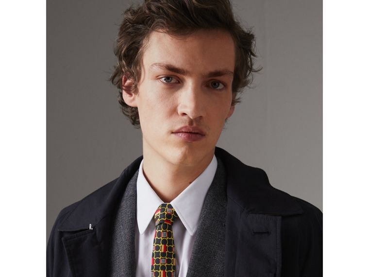 Slim Cut Archive Scarf Print Silk Tie in Black - Men | Burberry - cell image 2