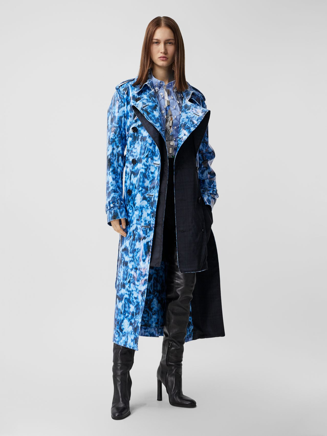 Ripple Print Rubberised Cotton Loop-back Trench Coat in Midnight Navy